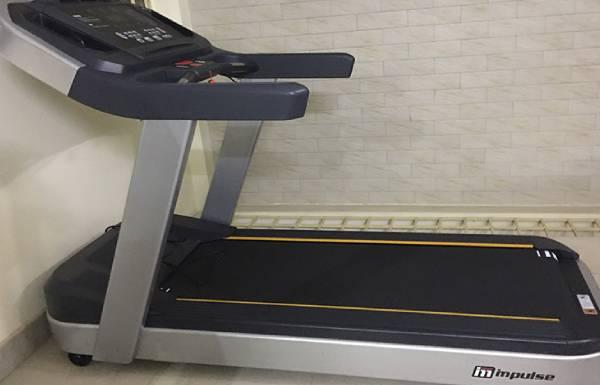 Thanh lý máy chạy bộ Impulse